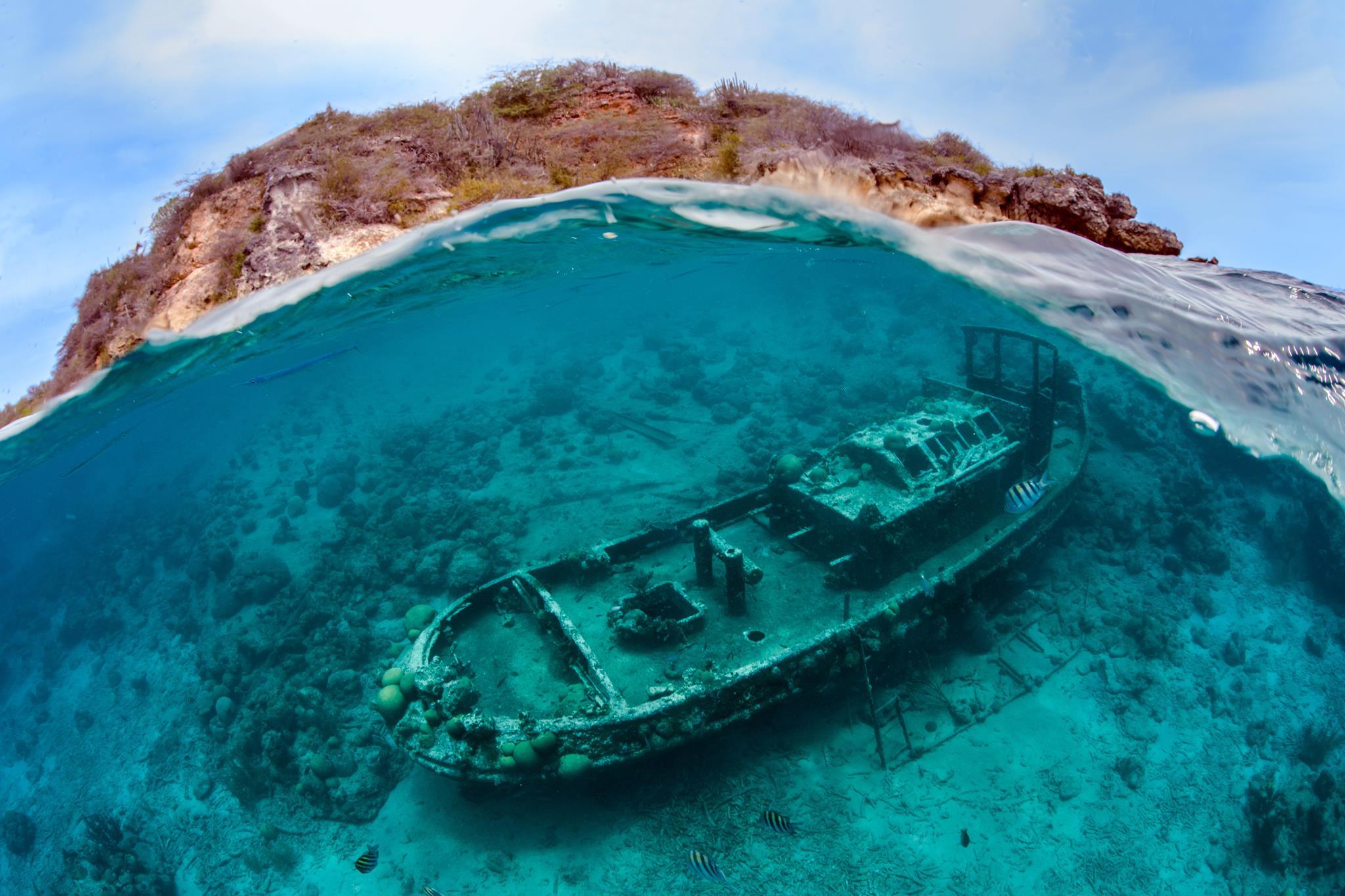 Tugboat Curacao