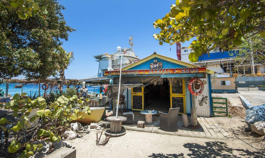 Tug Boat Beach House